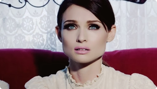 Sophie-Ellis-Bextor-Young-Blood-New-Music-Video